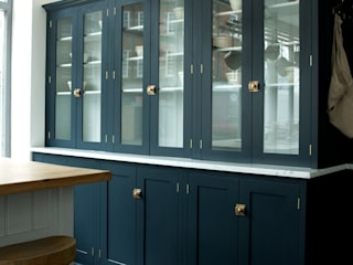 The Clerkenwell Showroom Shaker Kitchen deVOL Kitchens Classic style kitchen