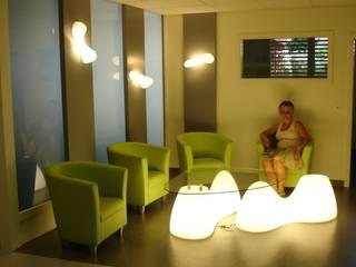 Salles d'attente du CCAC de Fribourg:  de style  par LCDS