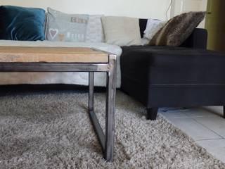 vue de coté de la table basse:  de style  par Bg meubles