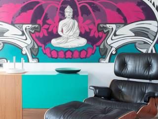 Kleurige woonkamer Moderne woonkamers van IJzersterk interieurontwerp Modern