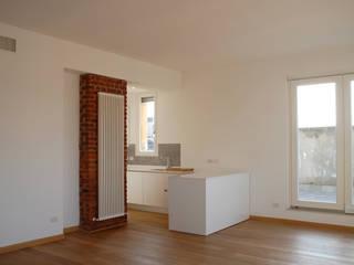 Ristrutturazione appartamento Milano Via Bazzini: Cucina in stile  di Studio Baiardi SaS  di Arch. Mauro Baiardi & C.