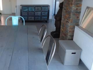 Buffet industriel en bois recyclé vintage:  de style  par Bg meubles