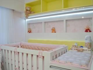 Cuartos infantiles de estilo moderno de Ésse Arquitetura e Interiores Moderno