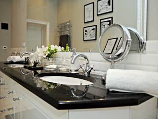 Metamorfoza łazienki, czyli wariacja na temat współczesnej klasyki: styl , w kategorii  zaprojektowany przez Decolatorium