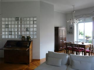 Ristrutturazione appartamento a Milano Sala da pranzo eclettica di Interni d' Architettura Eclettico