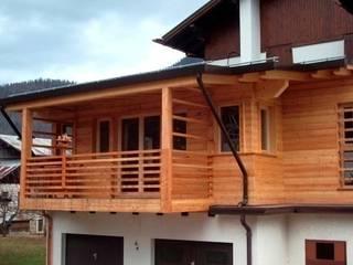 Ampliamento Klimahaus di un edificio residenziale - Loc.Campo, Forno di Zoldo (BL). Soggiorno moderno di Arch.G.Massimiliano Bobbo Moderno