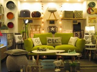 EM showroom de EM showroom Ecléctico