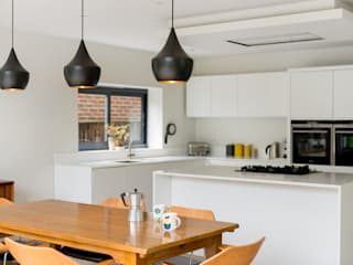 Speer Road: modern Kitchen by Will Eckersley