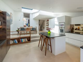 Broadhinton Road:  Kitchen by Will Eckersley