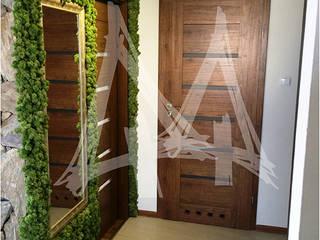 Zielona ściana - ogród w bloku.: styl , w kategorii Ogród zaprojektowany przez Lunatic Garden