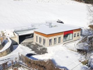 Das Jahn-Haus - Integration in die Landschaft:  Häuser von Jahn Gewölbebau