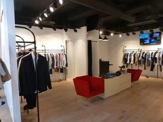 LOFT - Boutique de vêtements pour homme - Angers rue Chaperonniere Espaces commerciaux industriels par ATELIER KA-HUTTE Industriel