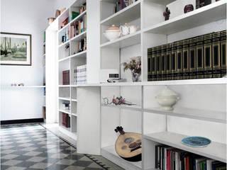 Ristrutturazione appartamento a Milano di Interni d' Architettura Moderno