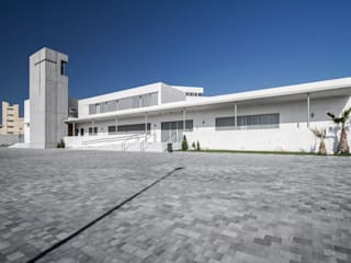 Real Monasterio de Santa Catalina de Siena Casas de estilo moderno de Hernández Arquitectos Moderno