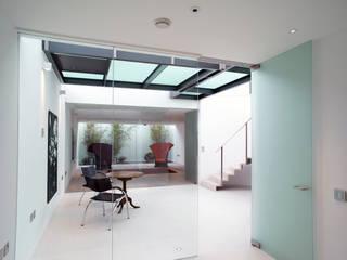La Maison Vert Modern living room by Go Glass Ltd Modern
