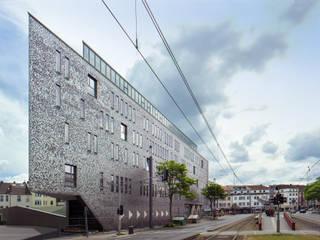 """Ein """"öffentlicher Stadtbalkon"""" das Fachärztezentrum am Konrad-Adenauer-Platz in Bonn-Beuel:  Praxen von bob-architektur  BDA"""