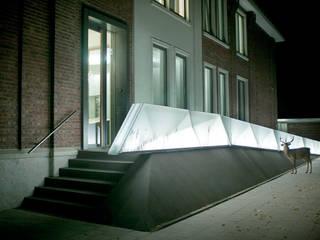 Complesso d'uffici moderni di bob-architektur Moderno
