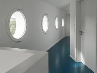 Haus E Moderner Flur, Diele & Treppenhaus von Bau Eins Architekten BDA Modern