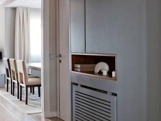 Entrada Pasillos, vestíbulos y escaleras de estilo moderno de Interiorismo Paloma Angulo Moderno