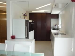 MAISON H Cuisine moderne par Innen Architecture Moderne