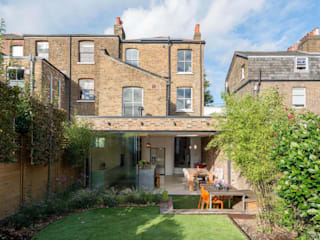 Peckham Victorian house wrap around extension Maisons modernes par Ar'Chic Moderne
