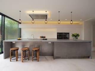 Peckham Victorian house wrap around extension Cucina in stile industriale di Ar'Chic Industrial