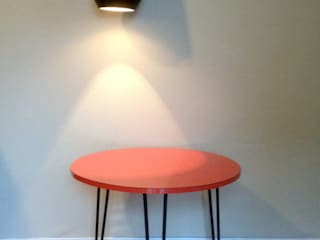 Une table de salon par uncerclerouge.fr Moderne