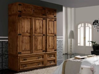 Armario rústico mexicano en madera maciza:  de estilo  de Silarte Muebles Rústicos