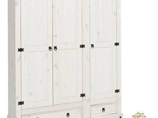 Armario rústico en blanco:  de estilo  de Silarte Muebles Rústicos