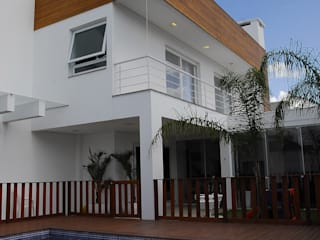 Modern houses by ARQUITETURA - Camila Fleck Modern
