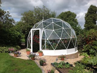 Solardome glasshouses Modern Garden by Solardome Industries Limited Modern
