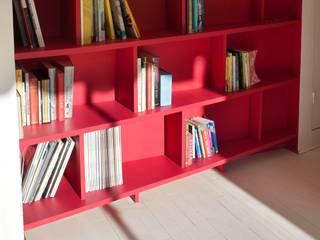 Appartement Manin au Buttes Chaumont : Salon de style  par Ramsés Salazar Architecte