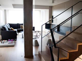 الممر الحديث، المدخل و الدرج من estudio RILAIN حداثي