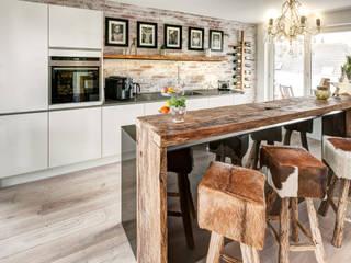 ZABOROWSKI ** Kreativer Innenausbau Modern Kitchen