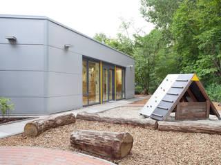 RTW Architekten Sekolah Modern