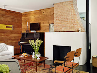 Living room by Hugh Jefferson Randolph Architects,