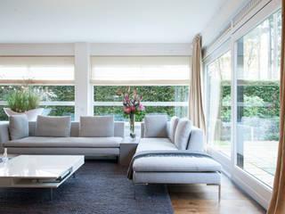 Living room by Mood Interieur, Modern