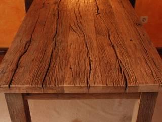 Tisch aus masiver, uriger Eiche von Bootssteg Möbel Ausgefallen