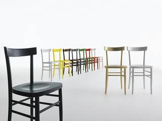 Salle à manger de style de style Moderne par HORM.IT