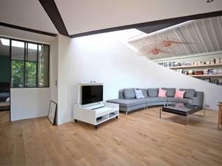 Loft: Fenêtres de style  par WE LOFT YOU