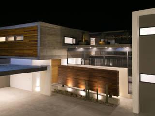 Houses by VG+VM Arquitectos, Modern