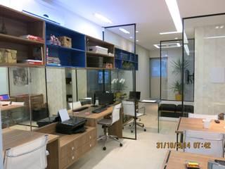 sala comercial: Espaços comerciais  por Andrea Petini arquitetura,Moderno