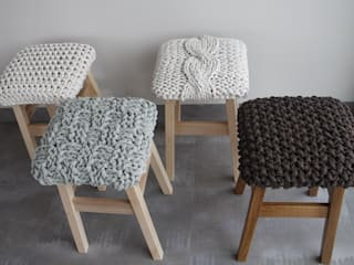 trzy manufaktury Living roomStools & chairs