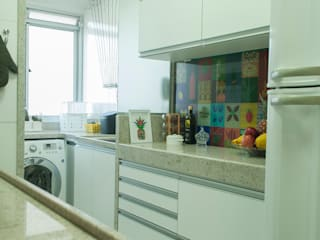 eclectic Kitchen by Casa Habitada
