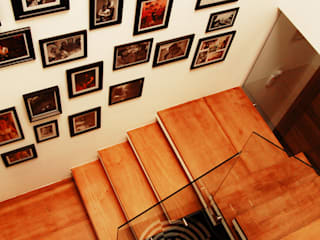 Modern Corridor, Hallway and Staircase by Sandro Clemes Modern
