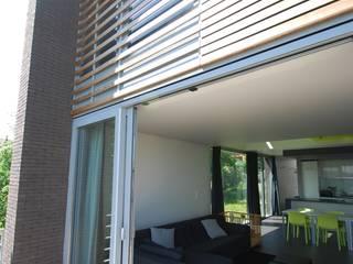 Flawinne I Habitation privée basse énergie ; K 29 - Ew 65 Maisons modernes par SECHEHAYE Architecture et Design Moderne