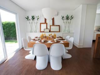 Tweedie+Pasquali Tropical style dining room