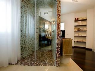 studiozero BathroomBathtubs & showers