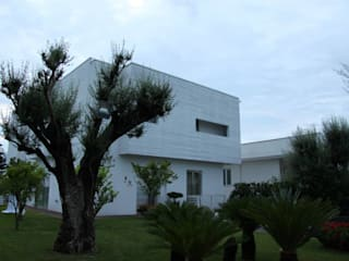 hause8 provincia di Caserta Case moderne di studiozero Moderno