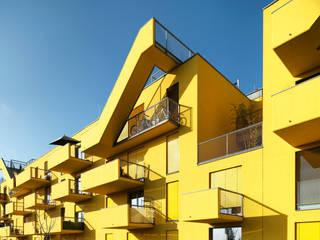 FLUR 20: moderne Häuser von INNOCAD Architecture
